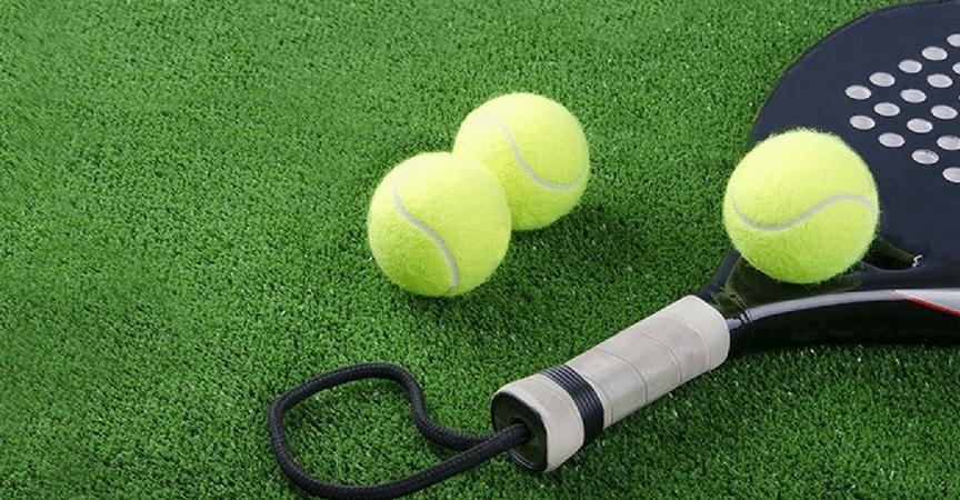 pádel-césped-artificial-superficie-pistas-deporte-juego-rendimiento-jugadores